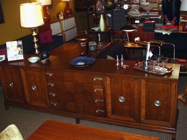 Exceptional Long Credenza By John Stuart Inc, Johnson Furniture Company, With Great  Wood Detail Shown