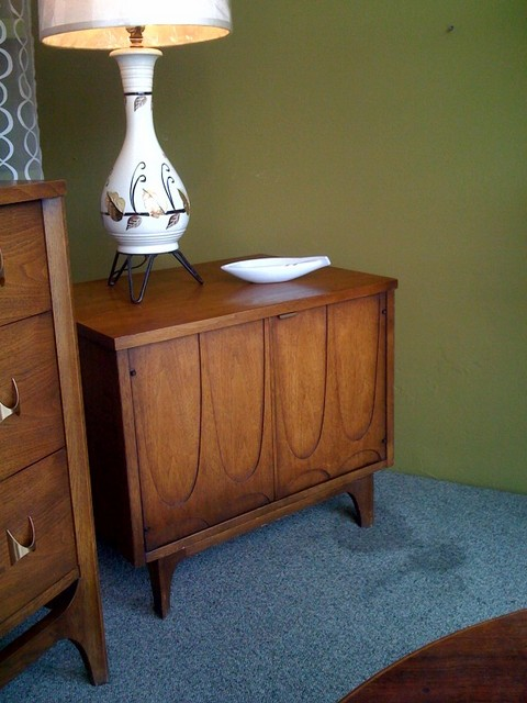 Broyhill Brasilia small cabinet.  Can be used as a side/end table or a tv stand.  Beautiful detailing.  24 inches wide, 18 inches deep, 21 inches tall.  $395.  SALE $250