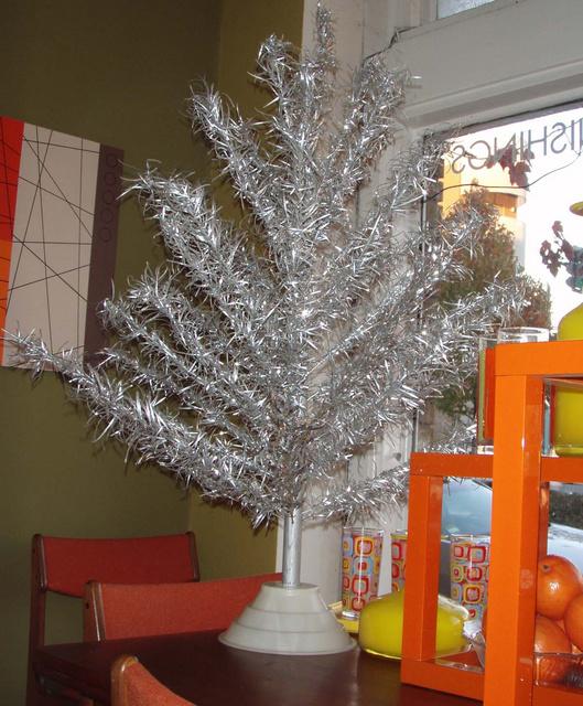 Gallery Vintage Aluminum Xmas Trees Color Wheels