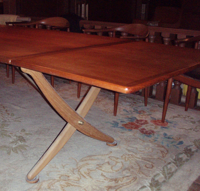 Gallery Hans J Wegner Saber leg drop leaf dining table  : P4162742sized from retroathome.com size 640 x 614 jpeg 210kB