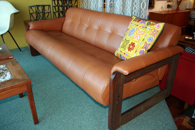 Percival Lafer Sofa Gallery :: SALE 1960's Vintage modern leather, tufted sofa ...
