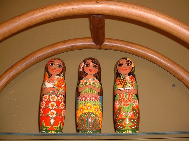 The Matryoskha or Russian nesting doll is one of the most popular and endearing examples of Russian folk art.  These HULA DOLLS were created in  ST. PETERSBURG, RUSSIA by Matryoshka artists. 