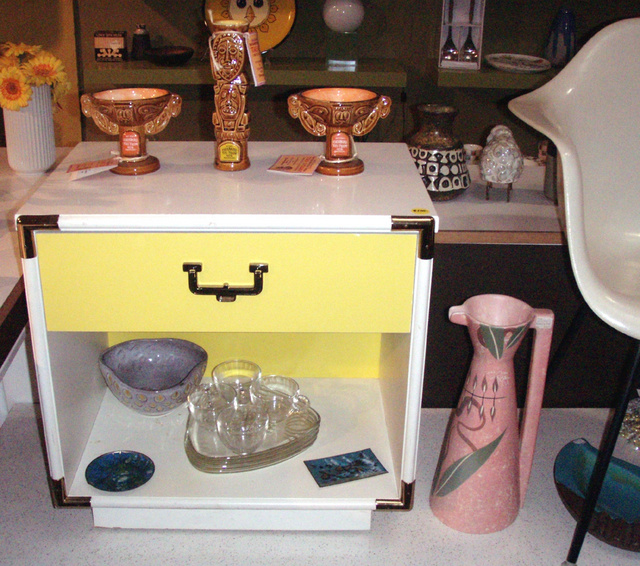 MOD meets Regency style in this side table/ nitestand... yellow drawer face on white with great brass hardware detail REDUCED $100.00  SKU# F0073