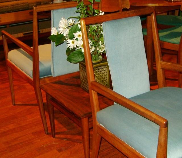 "Mid Century Modern teak table  Henredon heritage walnut side table  21"" x 21"" x 15""  $285.00"